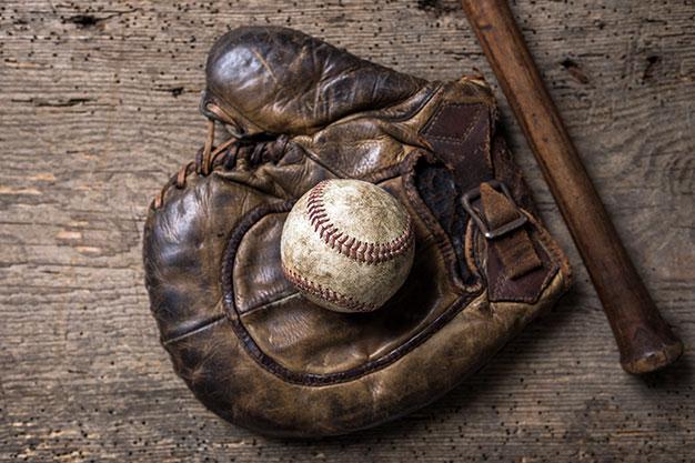 vintage-baseball-home